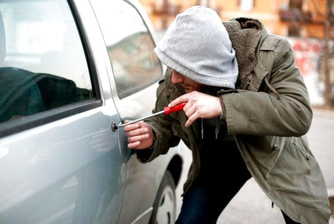 """Спіймали злодія, який викрадав автомобілі марки """"Таврія"""""""