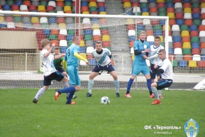 Студенти педуніверситету вийшли до плей-оф футбольного чемпіонату України