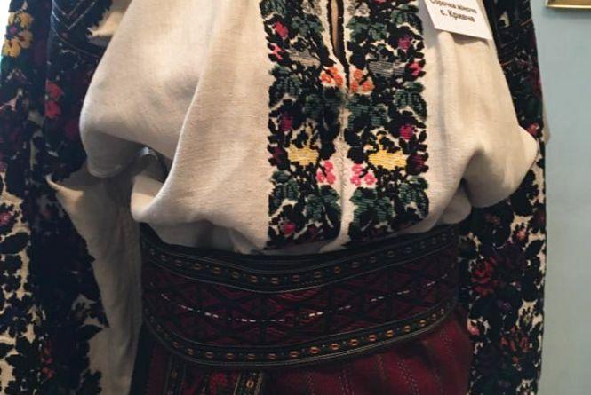 У Тернополі - виставка робіт Школи борщівської народної сорочки