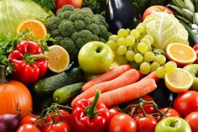 Для росту волосся їжте м'ясо, рибу, каші, овочі, фрукти, горіхи