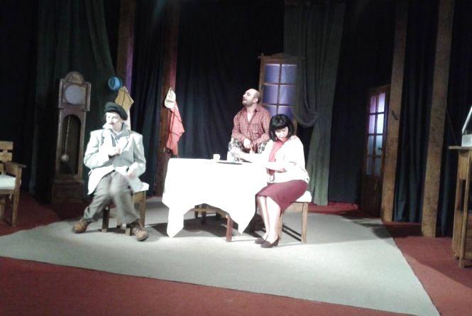 У драмтеатрі – прем'єра вистави «Рятуйте, мене женять!»