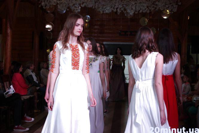 Тернопільські дні моди: море дизайнерських вишиванок та суконь