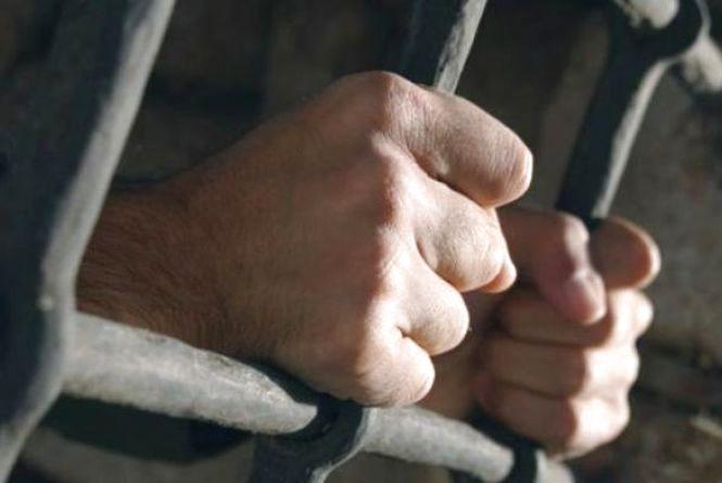 Злодія, який побив 19-річну продавчиню, можуть посадити на сім років