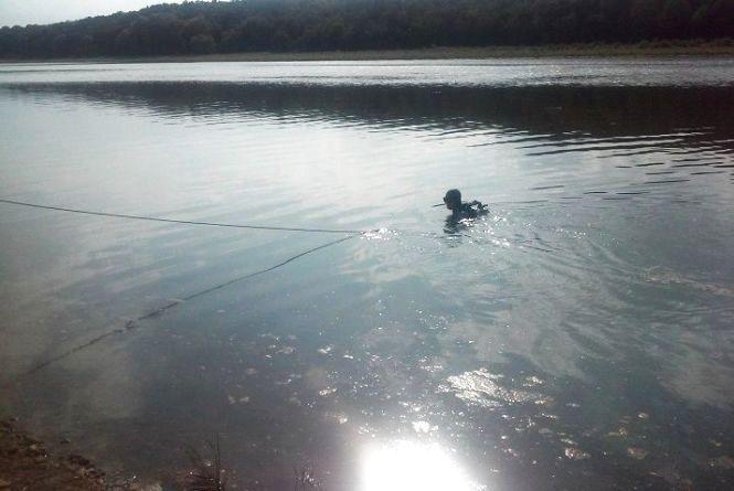 На Гусятинщині чоловік поплив на закупки в Хмельницьку область і втопився у Збручі