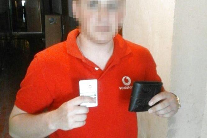 Таксист повернув тернополянину гаманець, який він загубив