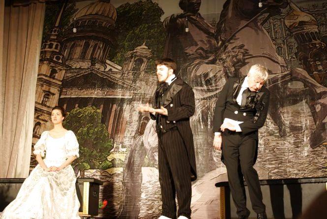 У драмтеатрі покажуть виставу «Женихи»