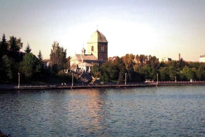 В Тернопільський став щодня потрапляють тонни фекалій