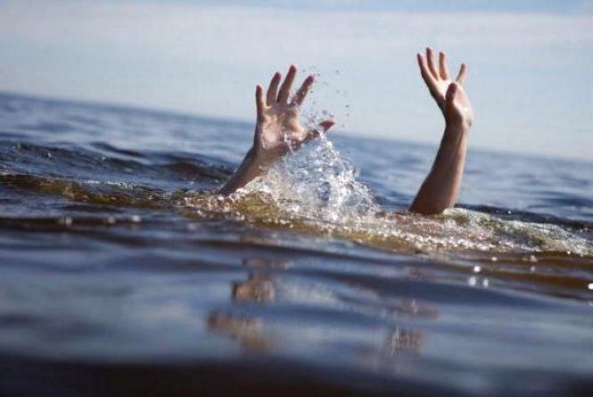 Нещастя на Тернопільщині: втопилися рибалка та 12-річний хлопчик