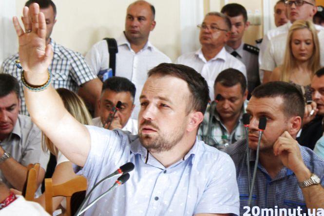 Депутата Назара Зелінку забрала швидка з сесійної зали (оновлено)