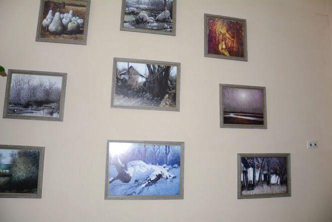 Репродукції картин Івана Марчука прикрасили стіни облради