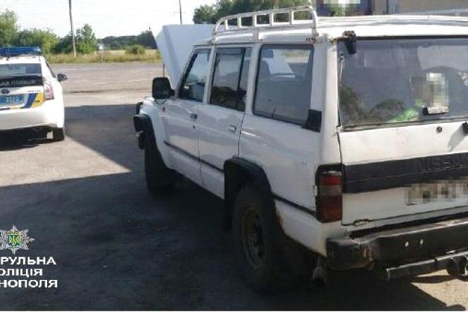 Тернопільські патрульні знайшли викрадений автомобіль