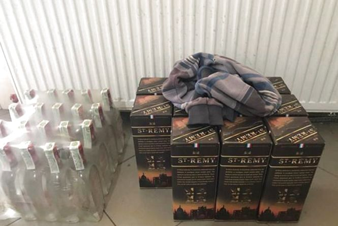 У Бережанах виявили нелегальний горілчаний цех