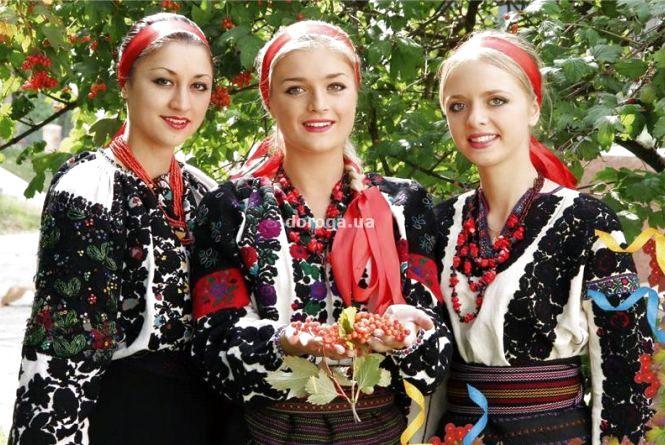 Запрошують на фестиваль борщу та борщівської вишиванки