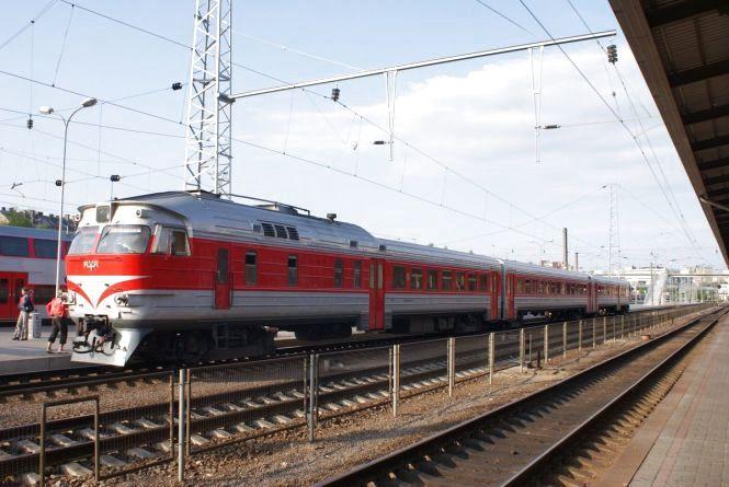 З 25 серпня курсуватиме дизельний потяг Тернопіль – Гусятин