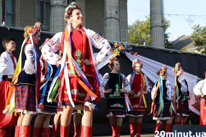 Аргентинці вразили тернополян українськими танцями