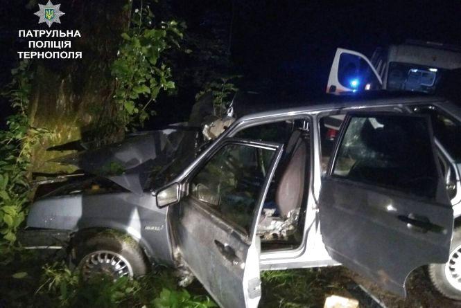 У Кутківцях 17-річну дівчину вирізали з автомобіля
