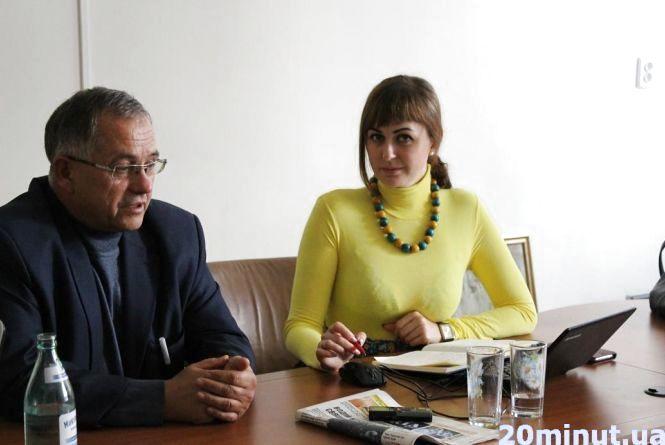 У Тернополі – знову перебої з вакцинами. Батьки купують препарати за кордоном