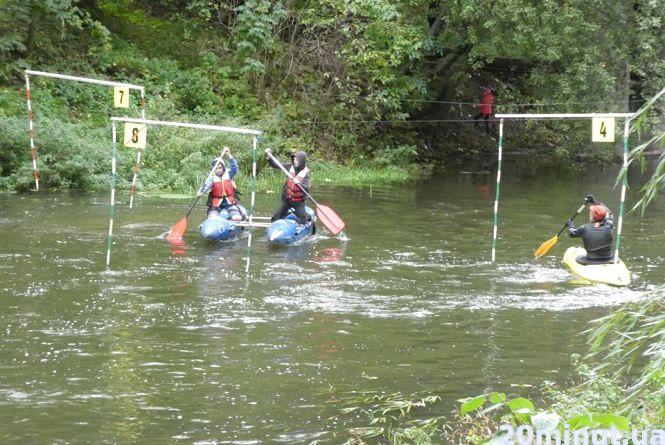 """В """"Топільче"""" тренуються до чемпіонату з водного туризму"""