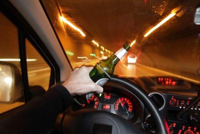 За ніч патрульні впіймали трьох п'яних водіїв