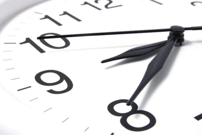 Не забудьте перевести стрілки годинників