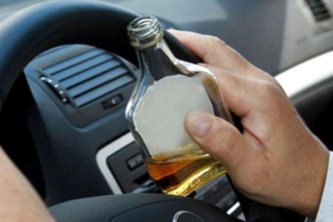 За вихідні патрульні оштрафували 10 водіїв напідпитку