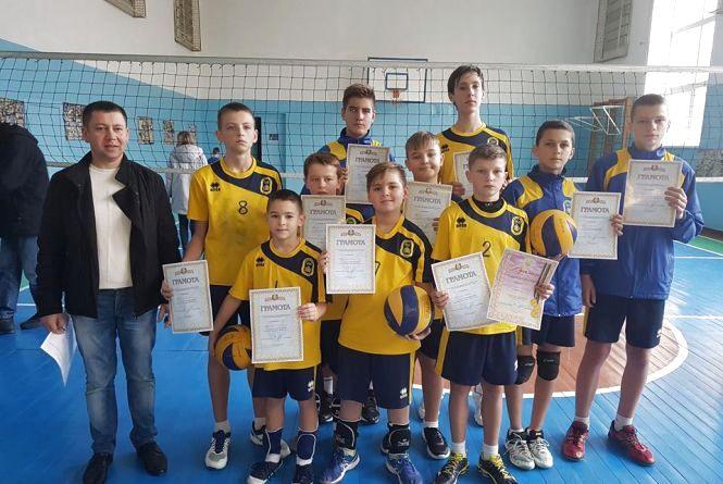 Тернополяни виграли обласний чемпіонат з волейболу серед 13-річних