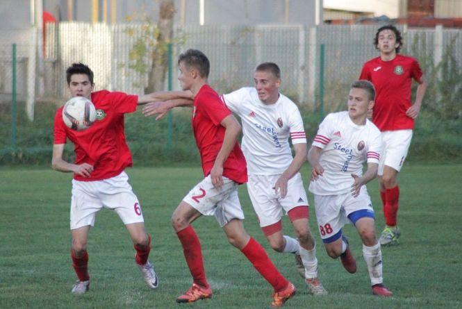 Тернопільська ДЮСШ розгромила бережанську у юнацькій лізі з футболу