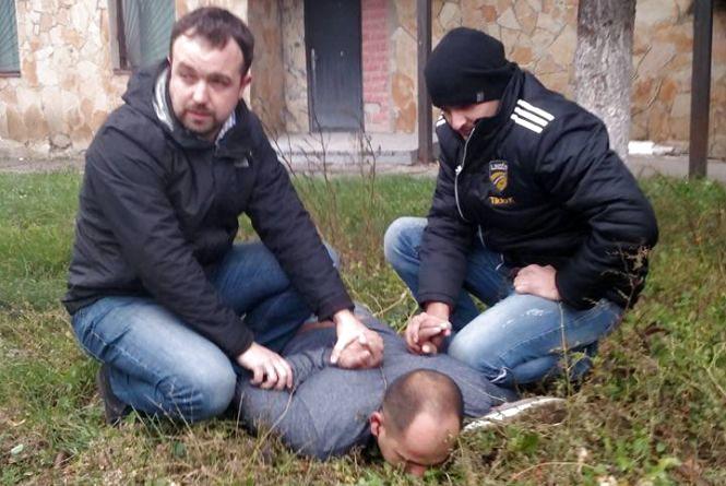 Тернопільські депутати допомогли затримати злодія