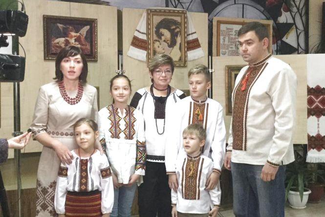 Євгенія Войнарська намалювала хрестиком свої мрії