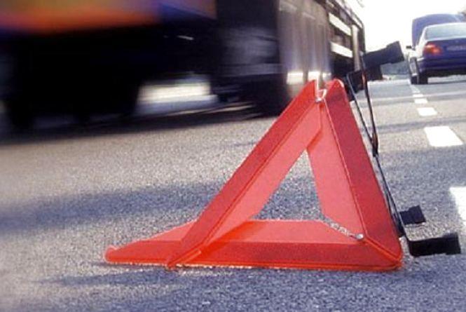 Молодий чоловік збив на смерть пішохода і втік, бо йому так порадили інші водії
