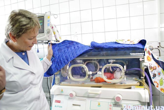 У Тернополі з'явився другий апарат, який допоможе рятувати недоношених дітей