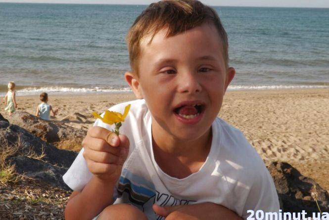 Тернополянка змирилася з діагнозом сина і радіє життю