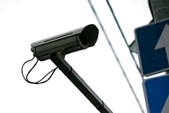 При в'їзді та виїзді з міста встановлять відеокамери,  які розпізнаватимуть номерні знаки