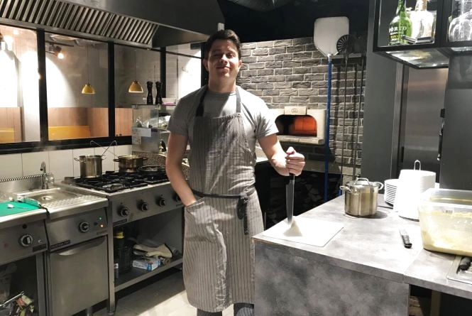 Тернополянин розповів, як став кухарем в ресторані італійської кухні у Польщі