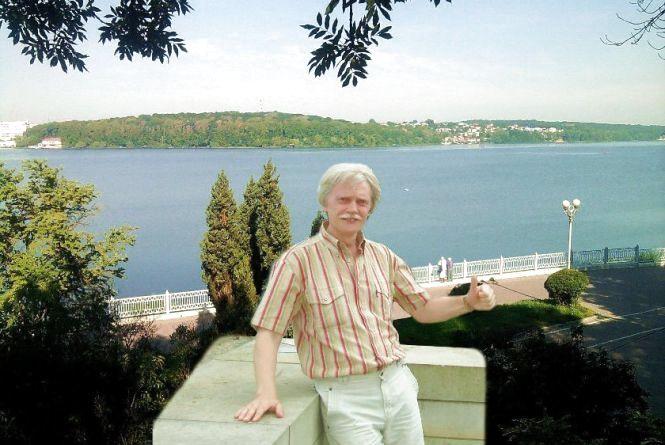 Не стало відомого поета-пісняра, журналіста Сергія Сірого
