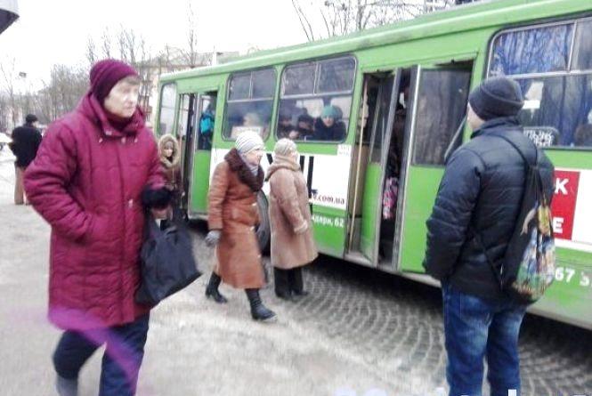 Поки маршрутки страйкували, тролейбусники за день заробили вдвічі більше