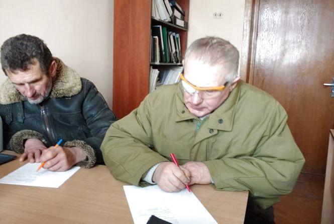 Люди з інвалідністю з райцентрів без карти тернополянина змушені були йти пішки з автовокзалу до обласної лікарні
