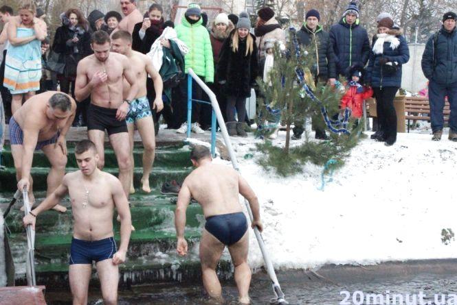 Тернопільські моржі встановлюватимуть рекорд Тернополя