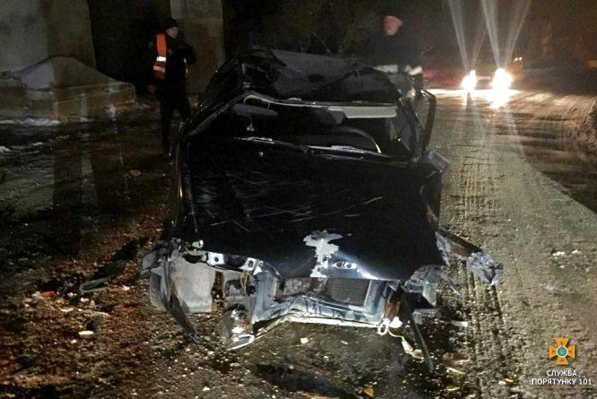 ДТП в Підволочиську: автомобіль перекинувся, водій в реанімації