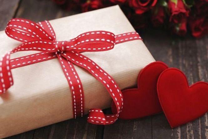 Що варто дарувати на день закоханих (для обговорення)