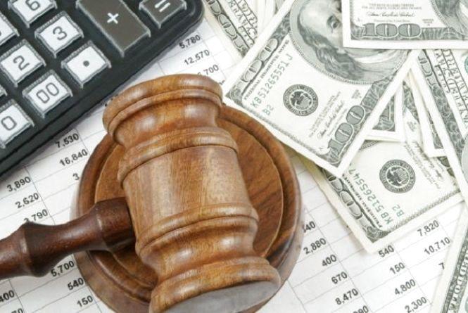 Неповнолітній відсудив майже 205 тис. грн. моральної шкоди у силовиків