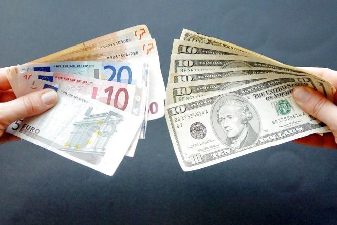 Курс валют на 5 червня: валюта дорожчає