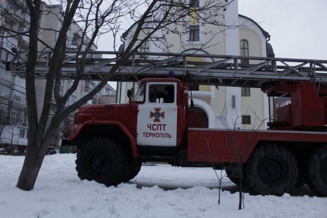 """На """"БАМі"""" 25-річний тернополянин хотів стрибнути з церкви"""