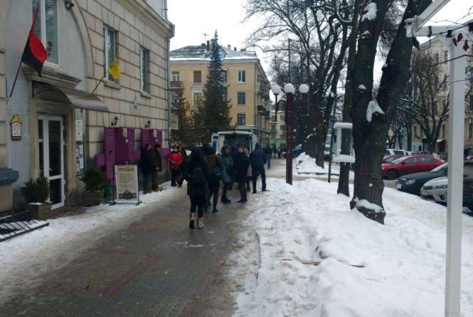 У центрі Тернополя підрізали екс-депутата Ігоря Турського (оновлено)