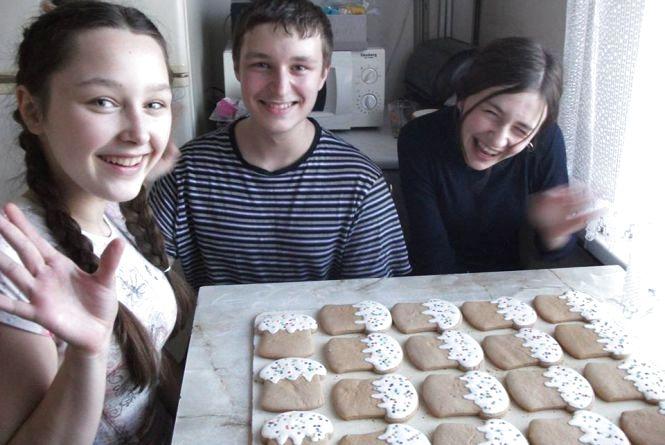 Чим щотижня займається «банда малолітніх волонтерів»?