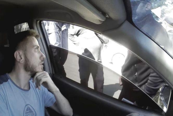 На Тернопільщині поліція наздоганяла водія іномарки, який наїхав на ногу патрульному