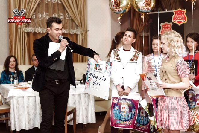 """""""Караоке без кордонів Live"""": заспівали, пройшли у суперфінал та отримали подорож у Відень"""