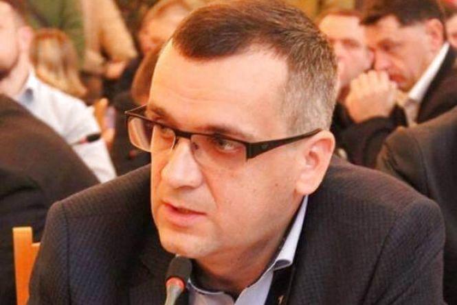 Нападника, який підрізав Ігоря Турського, оголосили у розшук