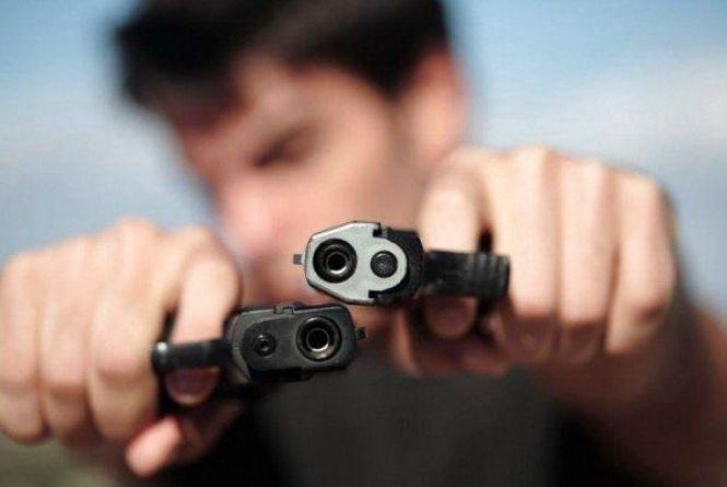 Стрілянина на Шептицького: поранили двох людей (оновлено)