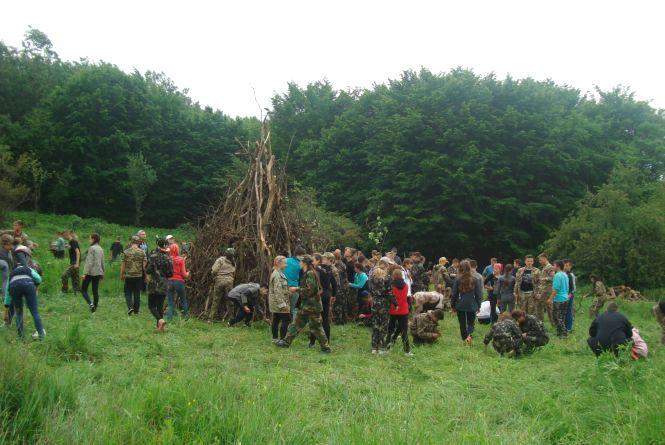 На Теребовлянщині майже 200 дітей ночували в лісі